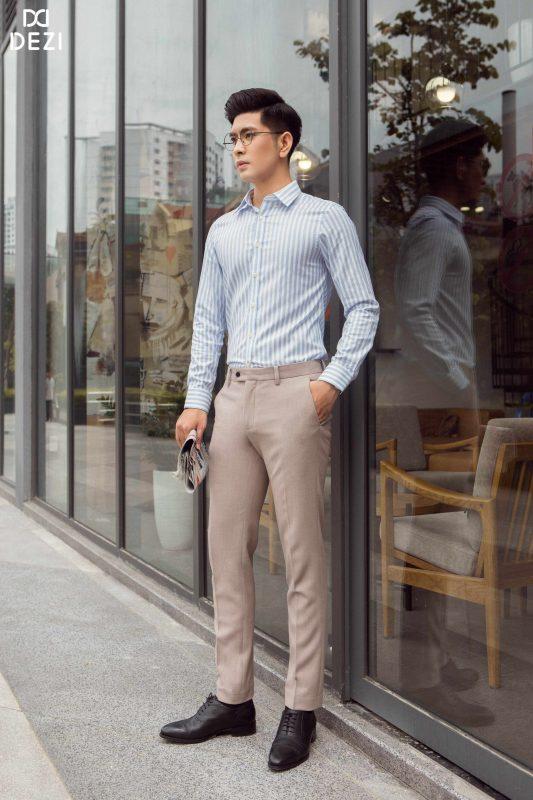 Quần kaki giúp các quý ông tự tin sải bước trong cuộc sống